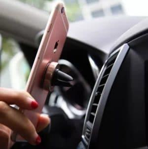 Магнитна стойка / държач за телефон за кола 3